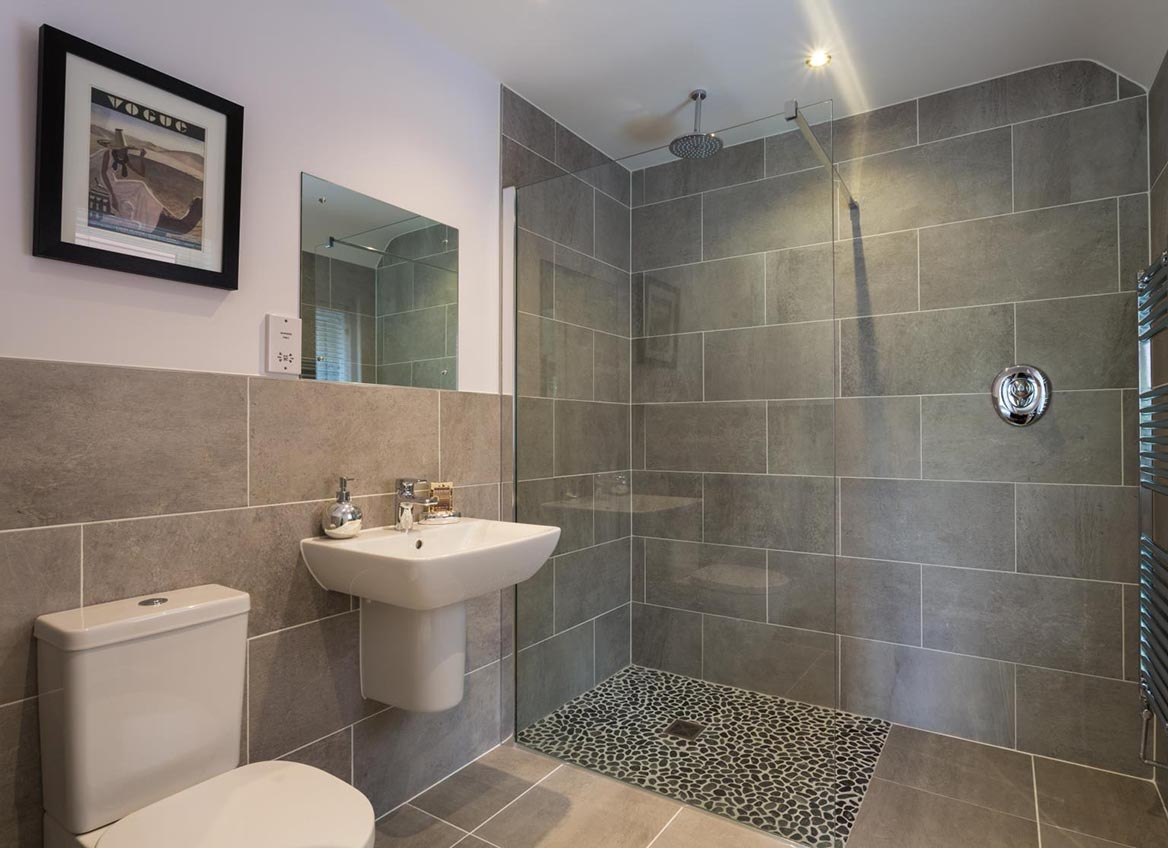 Knightlow park knightlow road property pages uk for Dale bathrooms